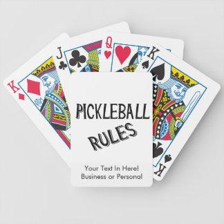 pickleballはberniceの黒いピクルスの球を支配します バイスクルトランプ
