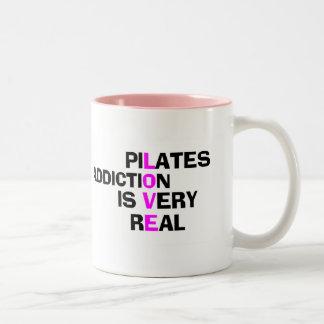 Pilatesのコーヒー・マグ-かわいくおもしろいなギフト ツートーンマグカップ