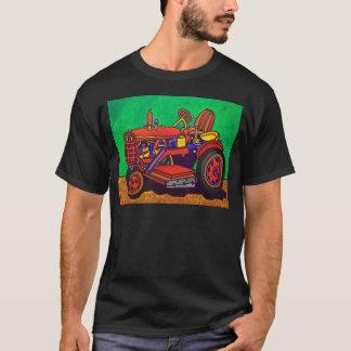 Piliero著幸せなトラクター Tシャツ