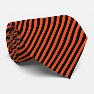 Pinのストライプで黒いおよびオレンジ| DIYの背景色 カスタムネクタイ