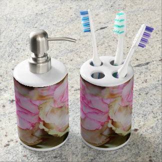 PINK AND CREAM SOAP DISPENSE AND TOOTHBRUSH HOLDER バスセット