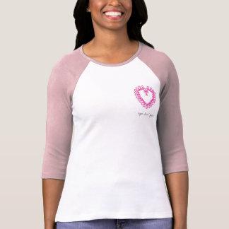 PinkRibbonのハート、希望、愛及び信頼 Tシャツ