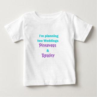 Pinterestの常習 ベビーTシャツ