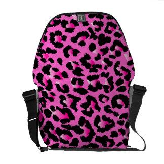 PixDezinesピンクLeopard/DIYの背景色 クーリエバッグ