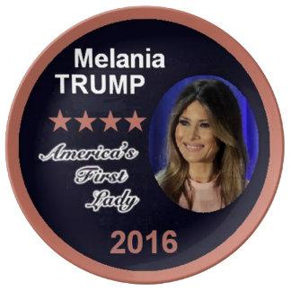Plate Melaniaの切札の最初女性 磁器プレート