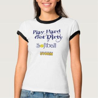 PlayHard -汚れたソフトボールを得て下さい Tシャツ