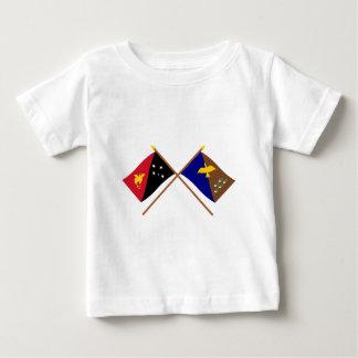 PNGおよびManus地域の交差させた旗 ベビーTシャツ