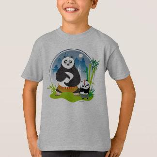 PoのポーンおよびBaoの姿勢 Tシャツ