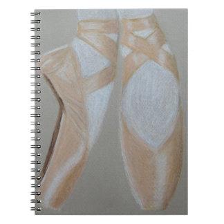Pointeのバレエの足 ノートブック