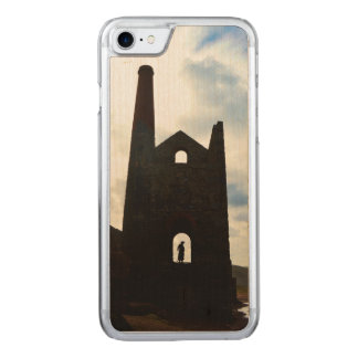 Poldarkの国鉱山はコーンウォールイギリスを台無しにします Carved iPhone 8/7 ケース