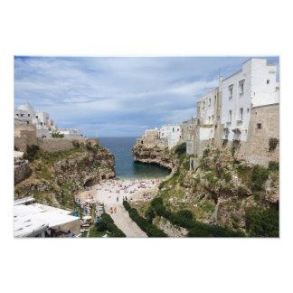 Polignano Pugliaのプリントのロバ都市ビーチ フォトプリント