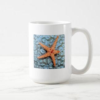 Polipsの珊瑚のヒトデ コーヒーマグカップ