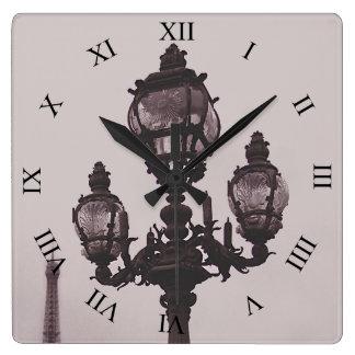 PontアレグサンダーIII橋時計のランプのポスト スクエア壁時計