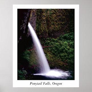pontailの滝、ポニーテールの滝、オレゴン ポスター