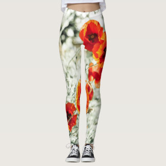 Poppy flowers all over in warm sunny tones レギンス