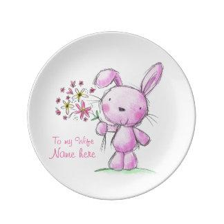 ♥PORCELAINのプレートの♥の妻のかわいいピンクのバニーウサギ 磁器プレート