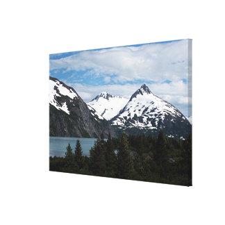 Portage湖および山、アラスカ、米国 キャンバスプリント