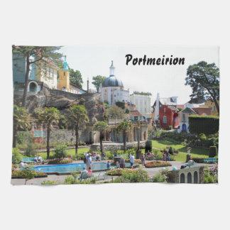 Portmeirionの中心の眺め キッチンタオル