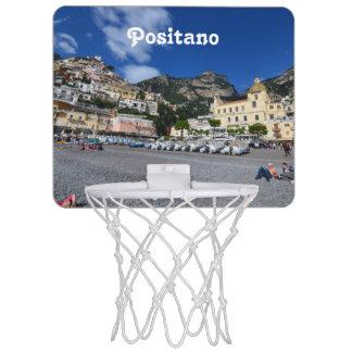 Positanoのビーチ ミニバスケットボールゴール