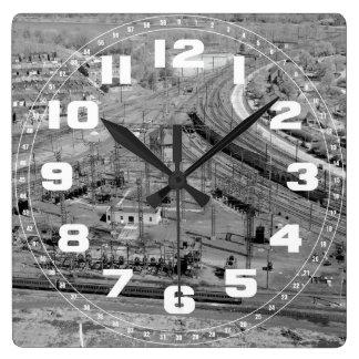 PRRの動物園の接続点のカスタムな正方形の柱時計 スクエア壁時計