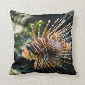 PteroisのAntennata Broadbarred Firefishのミノカサゴ クッション