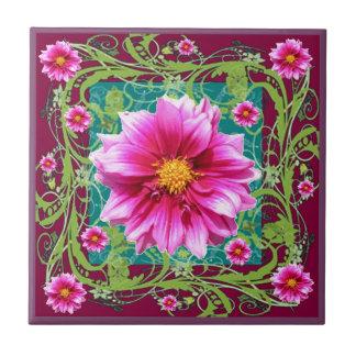 Puceピンクのダリアの花の庭のファンタジー タイル