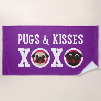 Pugs and Kisses Fawn and Black Pugs XOXO ビーチタオル