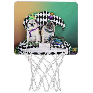 Pugsgivingの謝肉祭2015年の- Pippin Fugoh -パグ ミニバスケットボールゴール