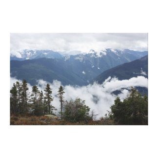 Purcell山ブリティッシュ・コロンビアの銀製のコップ キャンバスプリント
