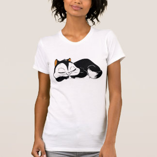 Pussyfootの眠い子猫 Tシャツ