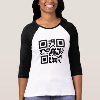 """QRコードの""""ずるい女性"""" Tシャツ"""