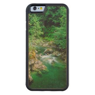 Qualicumの少し川 CarvedメープルiPhone 6バンパーケース