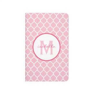 Quatrefoilのピンクのモノグラム ポケットジャーナル