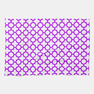 Quatrefoil電気紫色のパターン キッチンタオル
