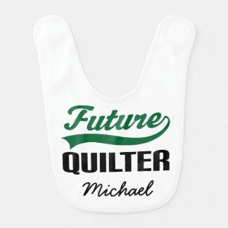 Quilterの未来の名前入りなベビー用ビブ ベビービブ