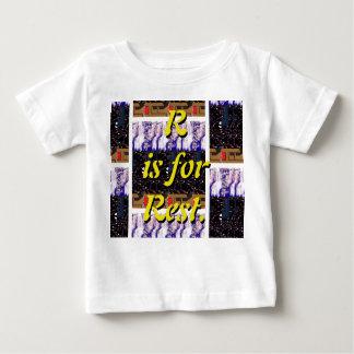 Rは残りのTシャツのためです ベビーTシャツ