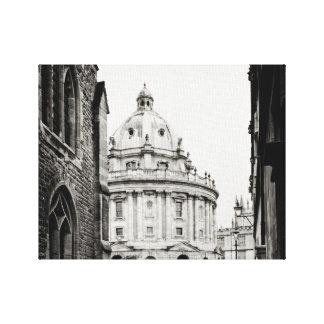 Radcliffeのカメラの建物、オックスフォード、イギリス キャンバスプリント