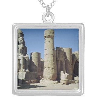 Ramesses IIのつけられていた彫像 シルバープレートネックレス