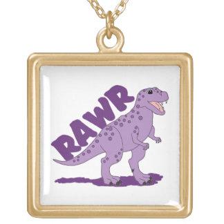 RAWRの紫色によって斑点を付けられるTレックスの恐竜 ゴールドプレートネックレス