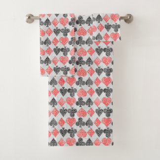 Red Damask Card Suits Heart Diamond Spade Club バスタオルセット
