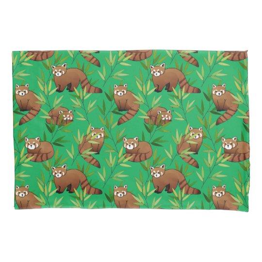 Red Panda & Bamboo Leaves Pattern 枕カバー