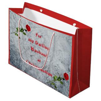 Red Rose Darling Husband at Christmas design ラージペーパーバッグ