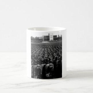 Reichsparteitag。  Ubersicht Uberのden_Warイメージ コーヒーマグカップ