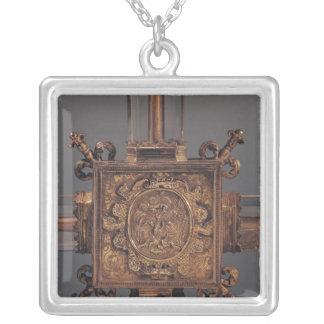 Reliquaryの十字、フェニックスの詳細 シルバープレートネックレス