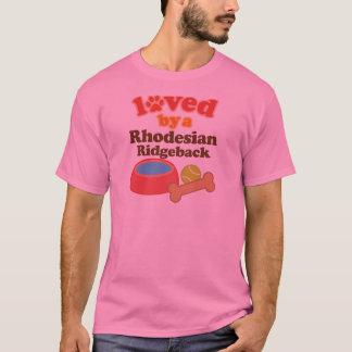 Rhodesian Ridgeback (犬の品種)著愛される Tシャツ