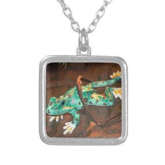 Ribbitカエルのネックレス シルバープレートネックレス