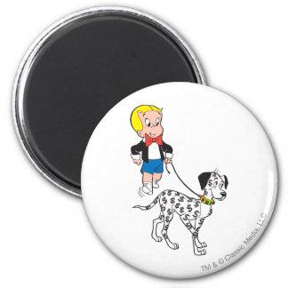 Richieの金持ちの歩行のドル犬-色 マグネット