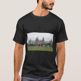 rijksmuseumのアムステルダムのrijksmuseumアムステルダムde d tシャツ