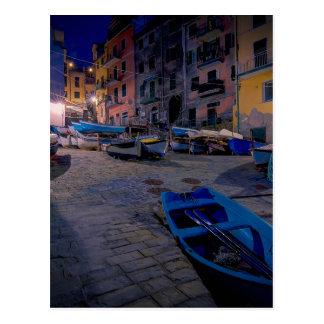 Riomaggiore、Cinque Terre、イタリアの漁船 ポストカード