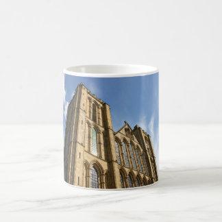 Riponのカテドラル、ヨークシャ、イギリスのマグ コーヒーマグカップ